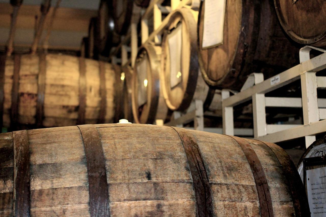 barrels-218176_1280
